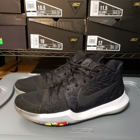 premium selection 274a1 be077 Nike Kyrie 3 Mens Black Size 12 Style# 852395-009
